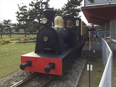 浜寺公園の子供汽車